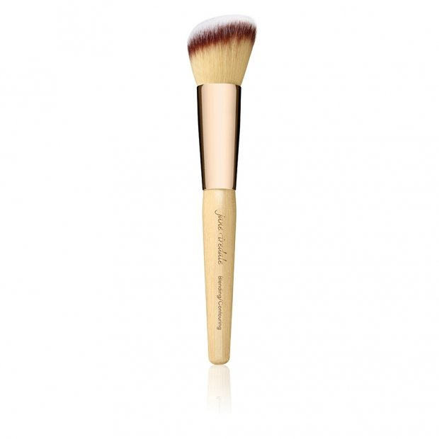 BLENDING/ CONTOURING BRUSH  - € 42,00